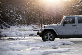 JEEP-2018-wrangler-JK-VLP-Winter-Hero-Slider-Update.jpg.image.1920